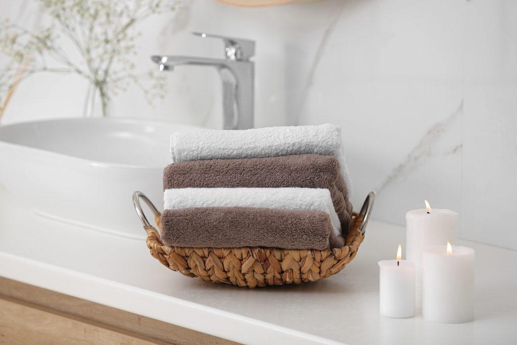 handdoeken-in-een-mandje-