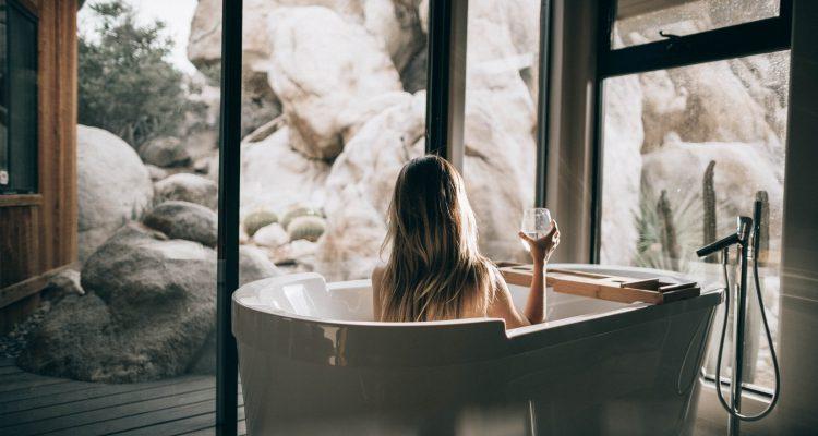 vrouw in bad